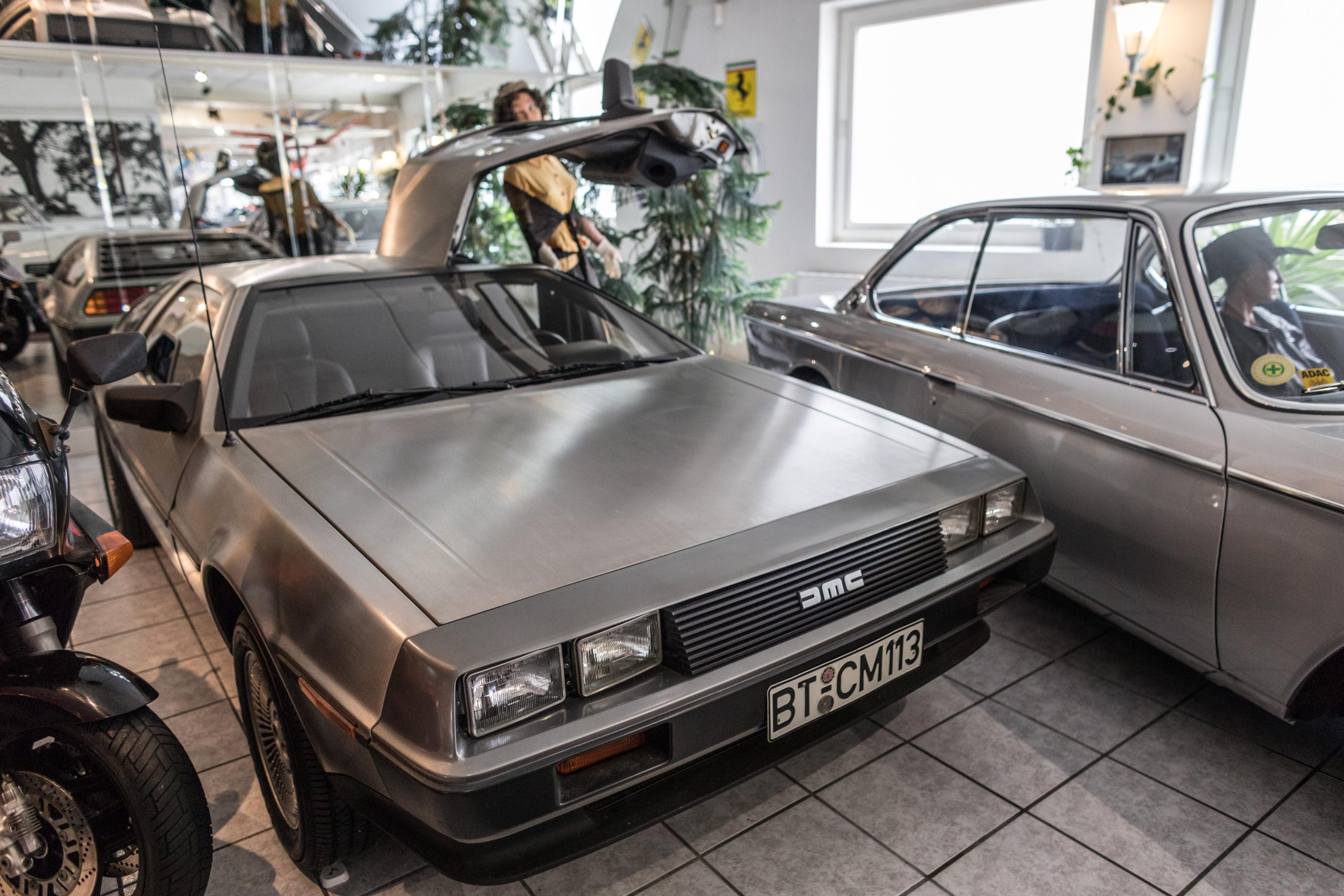 Delorean_03